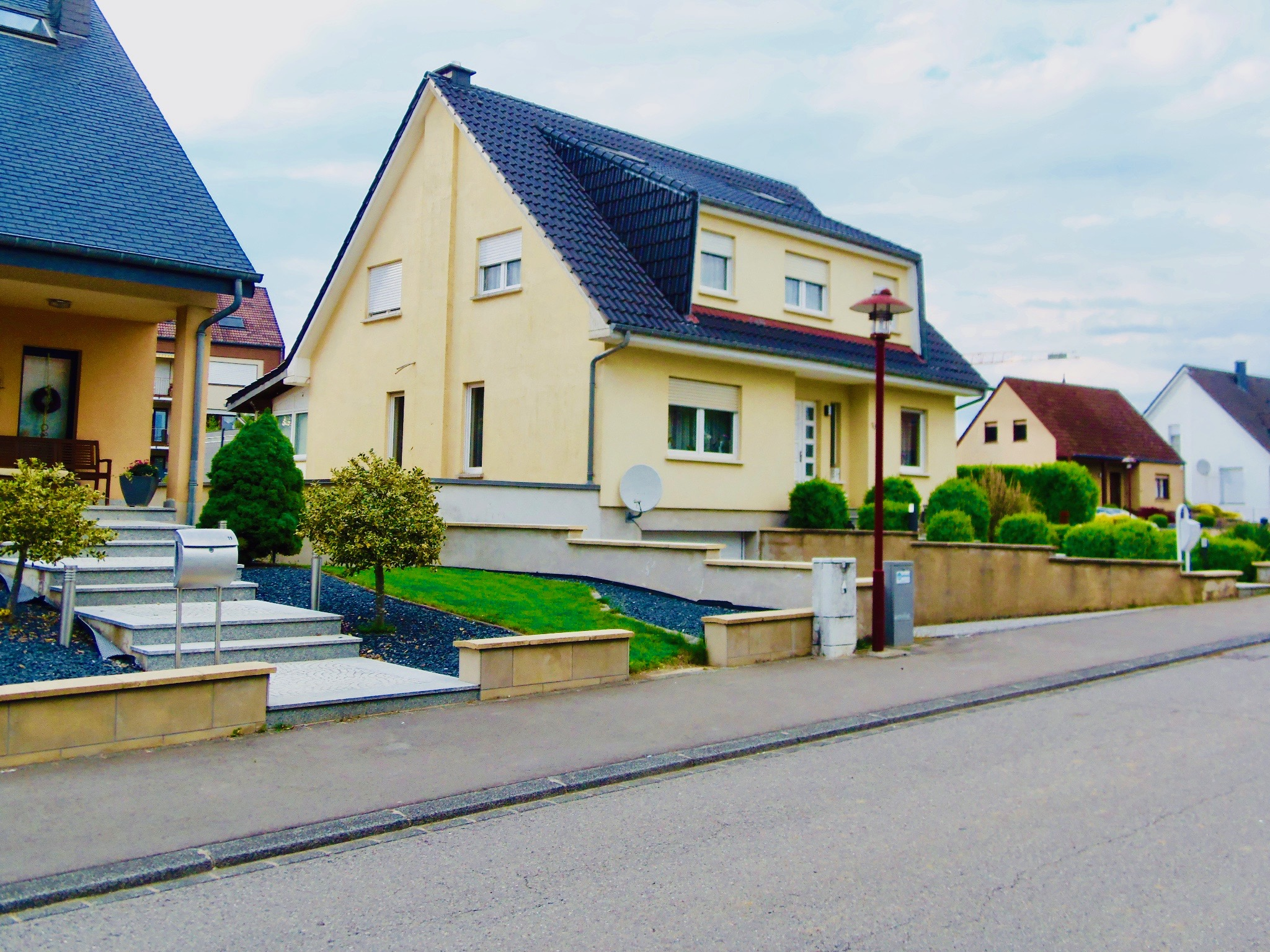 Grande Maison individuelle à Hautcharage