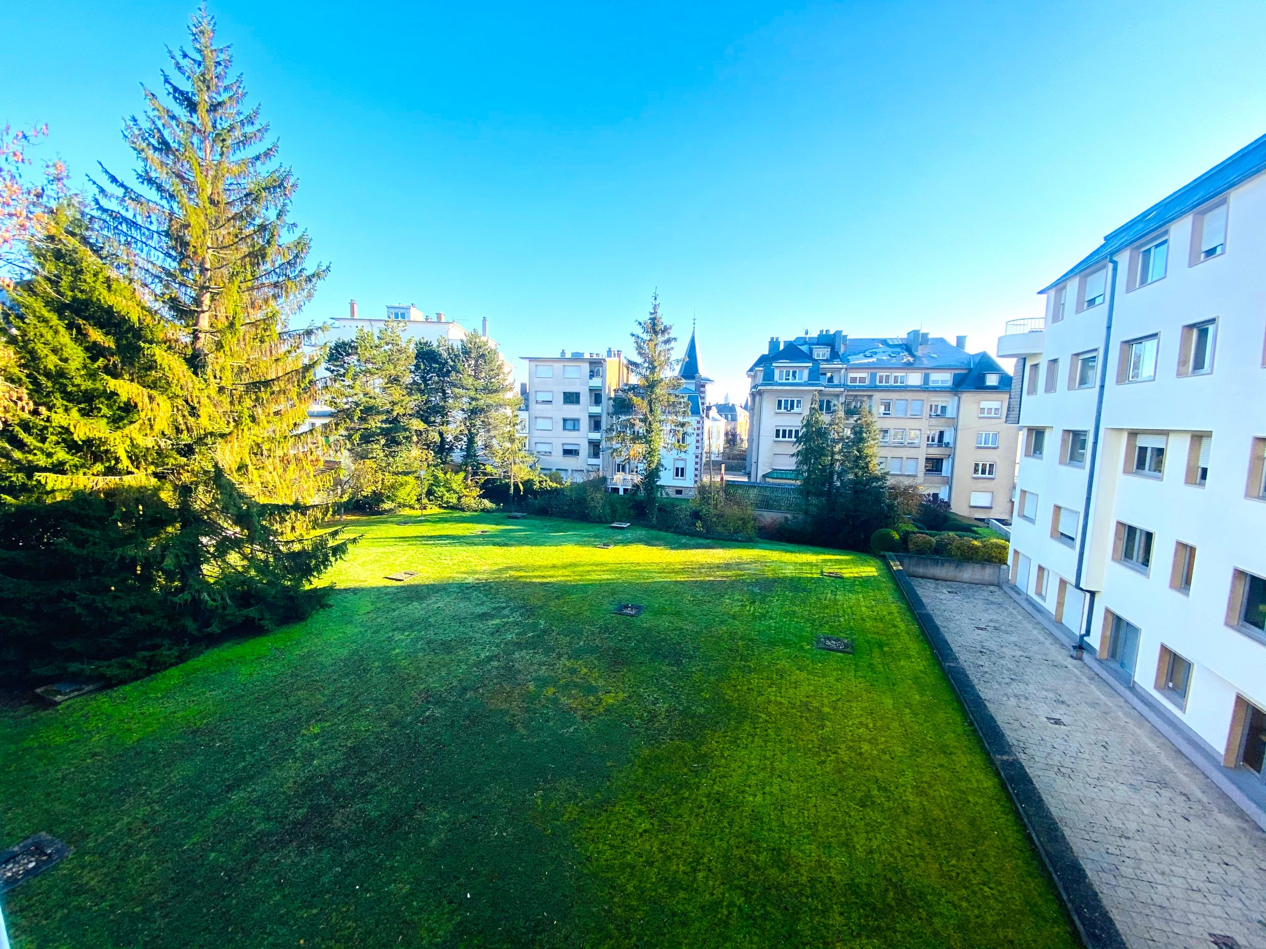 Luxembourg-Belair: Appartement 2 chambres.